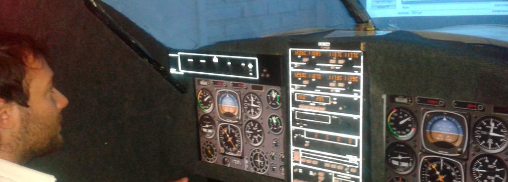 Simulador avanzado para vuelo por instrumentos en avión bimotor
